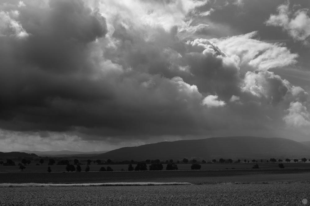 rain-comes_001_online