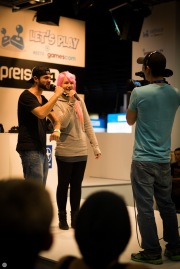 gamescom2013_entertain-me_026_online