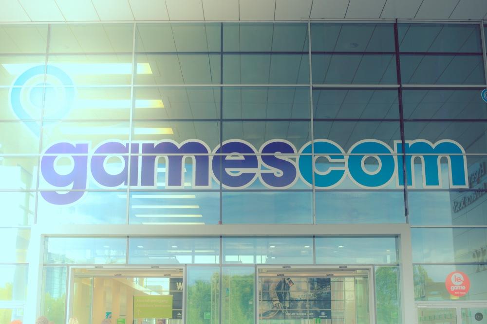 gamescom2013_entry_001_online