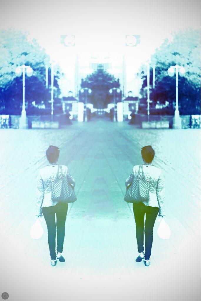 mirrored-whiteness_001_online