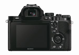 hands-on_sony-alpha-7s_back
