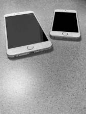 hands-on_iphone6plus_vs-iphone-5s_001