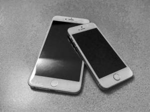 hands-on_iphone6plus_vs-iphone-5s_003