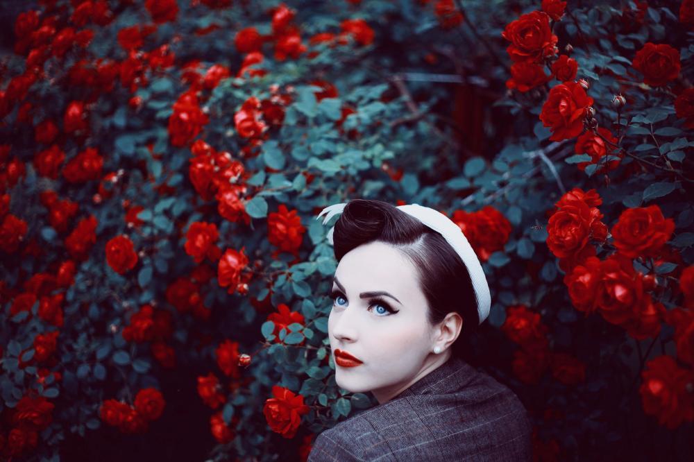 Maja Topčagić, a rose