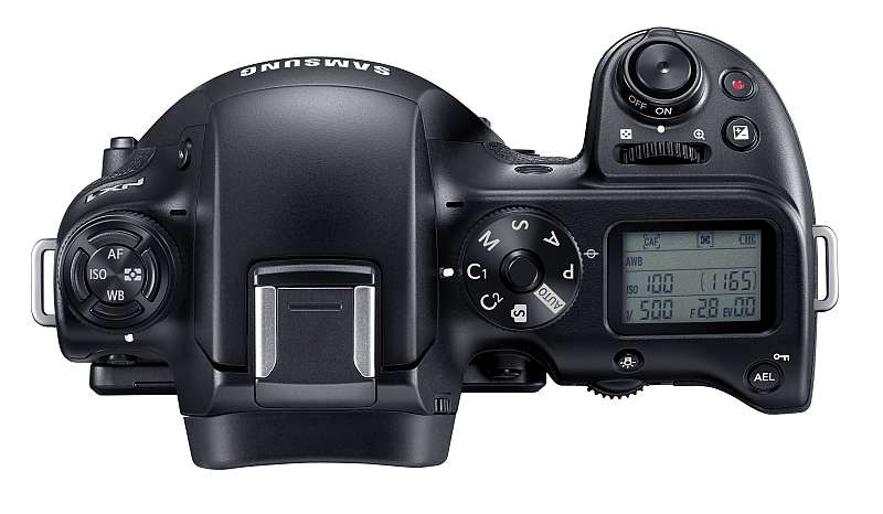 hands-on_samsung-nx1_002