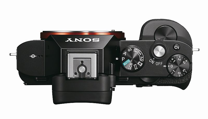 hands-on_sony-alpha-7s_top