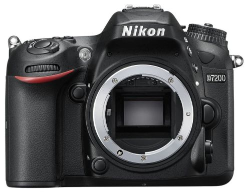 hands-on_nikon-d7200_front