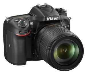 hands-on_nikon-d7200_slant