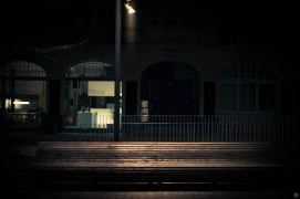 2014-online_0285_a-bank-we-trust_001_online