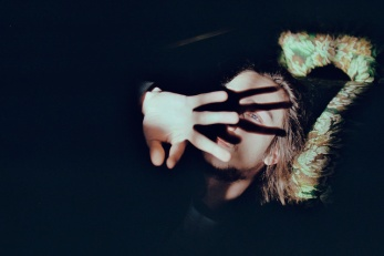 dunkelkammerkunst-04_maud-chalard-004