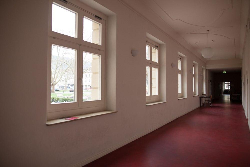 dunkelkammerkunst-06-replichrome01-corridor02-original