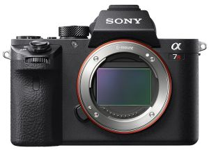hands-on_sony-a7r2_front