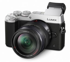 hands-on_panasonic-gx8_slant