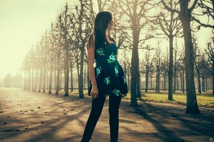2014-online_1383_blue-spots-and-saffron-sky_002