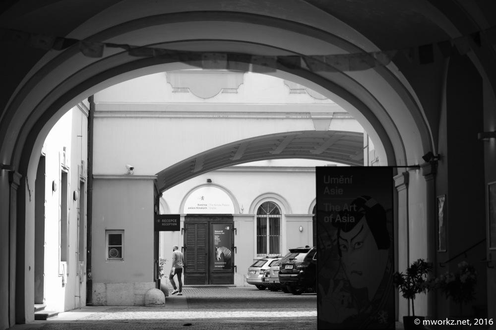 2016-online_0500_Prag-BW_057